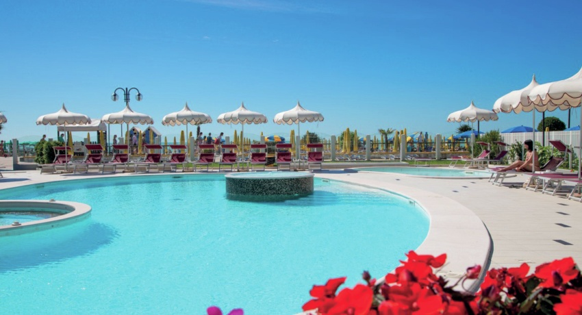 Baia del Mar Pool - Baia del Mar Beach Boutique Hotel