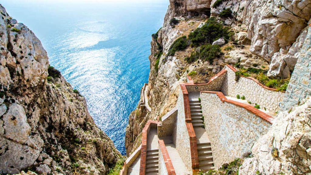 Neptungrotte Treppen
