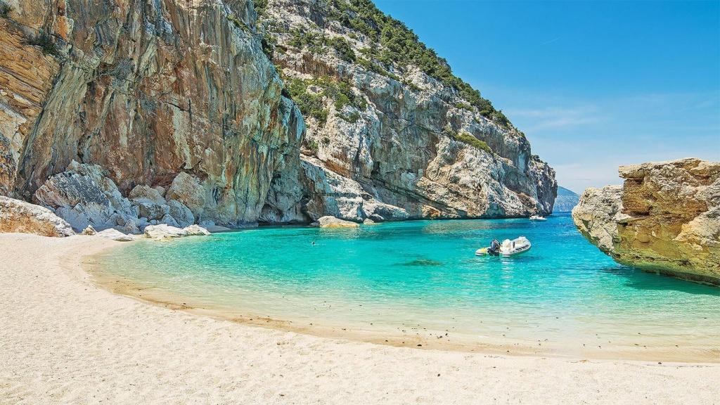 Strand Cala Mariolu Sardinien